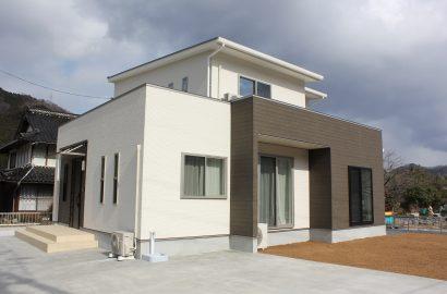 三世代それぞれの生活を考えた、5LDKの暮らしやすい家